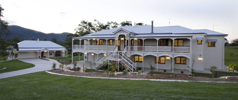 Bespoke queenslander traditional queenslanders for Classic queenslander house