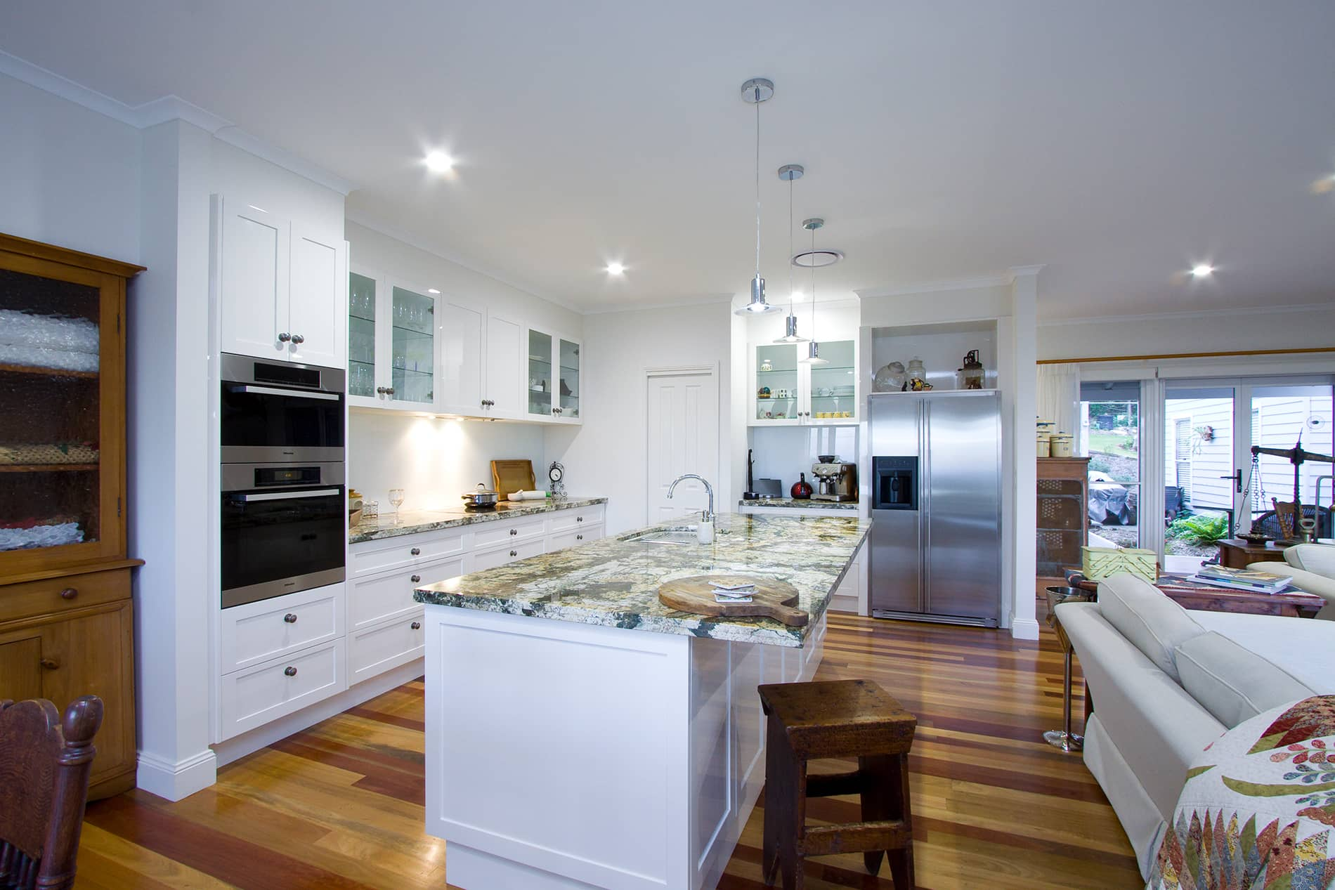 Cape cod style home in mount tamborine traditional for Kitchen ideas for queenslanders