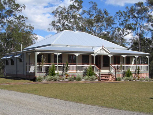Carpentaria traditional queenslanders for Classic home designs australia